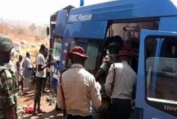 30 die on Lagos-Ibadan highway auto crash