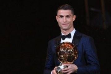 Ronaldo wins fifth Ballon d'Or