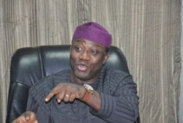 Fayemi begs Ekiti people for forgiveness