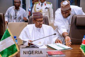 Buhari signs AfCFTA agreement at AU summit in Niamey